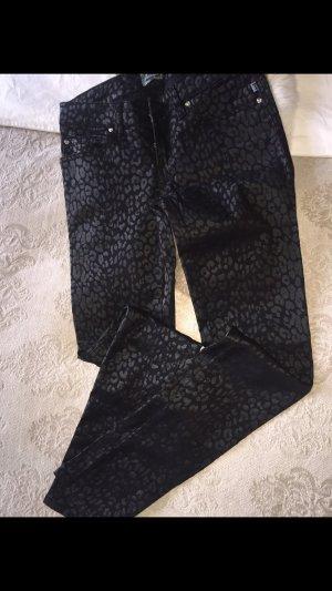 Super schön Jeans Hose in Schwarz