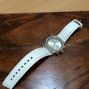 Watch white leather