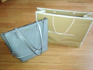 Super schöne graublaue MK-Tasche