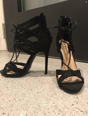 Super schöne High Heels / Sandalen / NEU