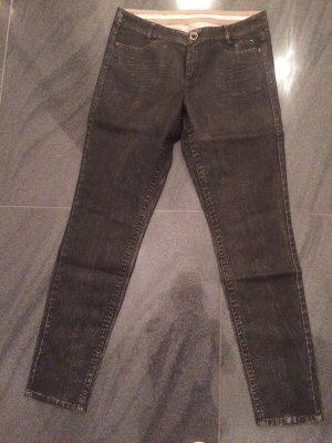 Super schöne Hose von Marc Cain Größe N4(40) neuwertiger Zustand