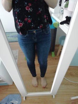 Super schöne orsay jeans röhre dunkelblau gr 40