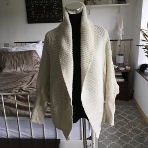 Super schöne oversized Strickjacke