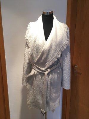 Super schöner Mantel von Boss Gr.38, weiß Struktur mit Fransen