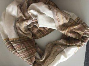 super schöner und neuer Schal von VERO MODA