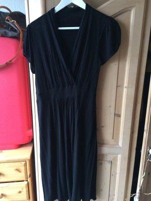 Super schönes Kleid in schwarz