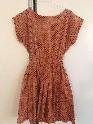 Super schönes Kleid mit tollem Rückenausschnitt von Sugarhill Boutique