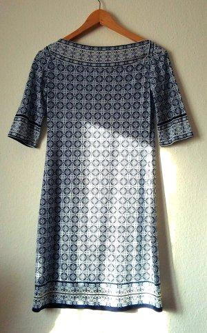 Super schönes neues Kleid