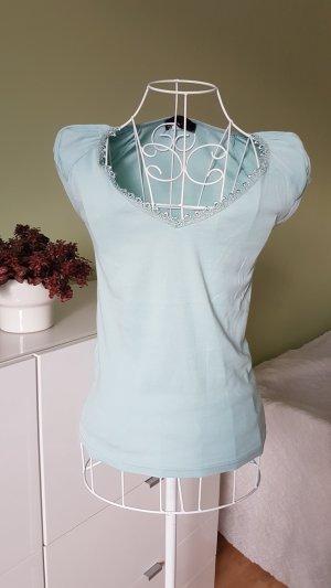 Super schönes Shirt mit Spitze im Dekolleté