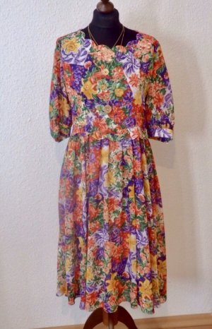Super schönes Vintagekleid mit Blumenmuster