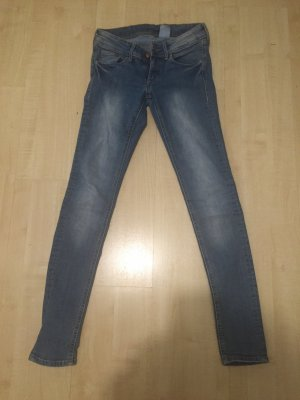 Super Skinny Jeans in Größe 27/30