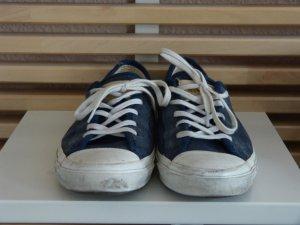 Super süsse Converse in dunkelblau