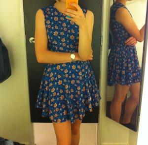 Super süßes Blümchenkleid von H&M, neuwertig, blau, Größe XS/S