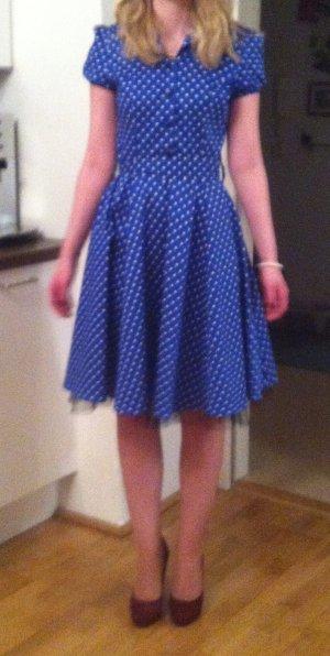 Vestido a media pierna azul-blanco