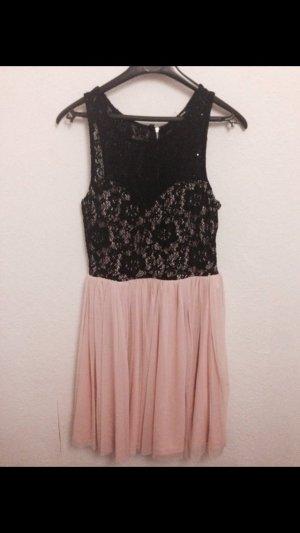 Super süßes Kleid schwarz Rose Gr. 34