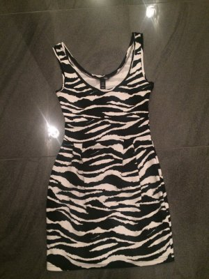 Super süßes Kleid von H&M. Größe S. Sehr guter Zustand