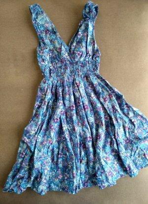 Super süßes Sommerkleid mit Blumenprint