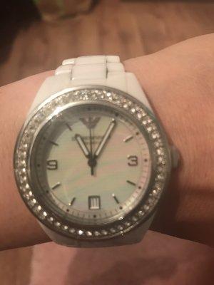 Super Uhr