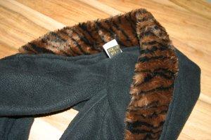 Super warme Mütze mit integriertem Schal - super praktisch