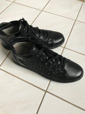!!! Superbequeme Sneakers von Caprice Gr. 6 1/2, einmal getragen !!!