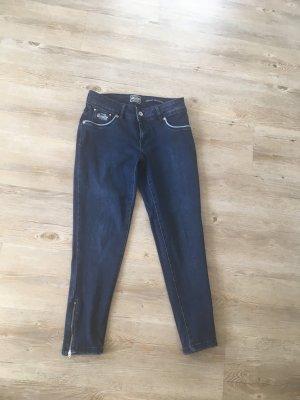 Superdry Ankle Jeans mit Reißverschluss an den Knöcheln