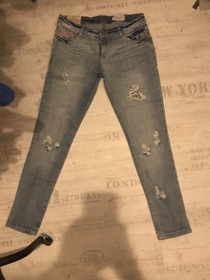 Superdry - destroyed Jeans