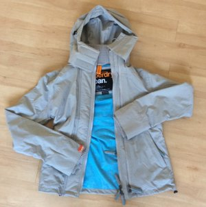 SUPERDRY Jacke in grau