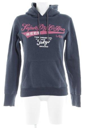 Superdry Kapuzensweatshirt dunkelblau-pink Schriftzug gedruckt Casual-Look