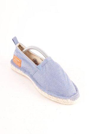 Superdry Sandalias azul celeste look casual