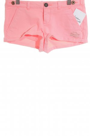Superdry Shorts neonpink Street-Fashion-Look
