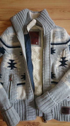 Superdry- Strickjacke Gr. M