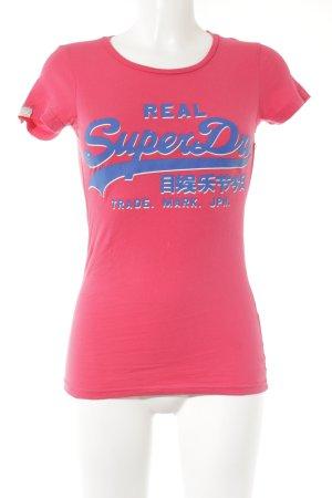 Superdry T-Shirt magenta-stahlblau Schriftzug gedruckt sportlicher Stil