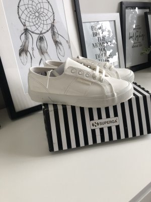 Superga Caro daur Edition neu