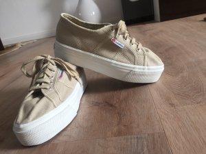 Superga Plateau beige sneaker Trend