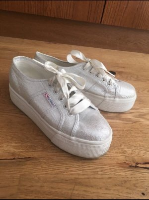 Superga Plateau in Sonderedition