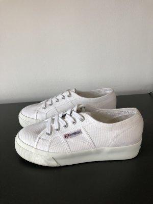 Superga Sneaker Plateau Neu