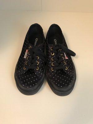 Superga Sneakers Größe 37 aus blauem Satin mit weißen Punkten. Fast wie neu!