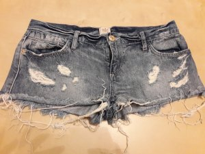 Superkurze Ripped Jeansshorts