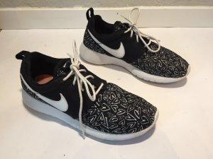 Superleichte Nike Free Sneaker/Turnschuhe Gr.37,5