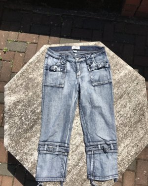 Superschöne 7/8 Jeans, Gr. 38. kaum getragen, daher in sehr gutem Zustand.