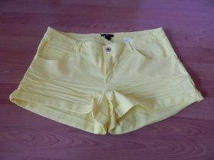 superschöne gelbe Short von H&M