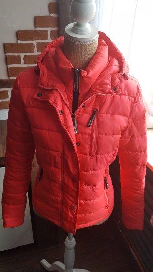 Superschöne Jacke in Pink/Orange von SuperDry S/M