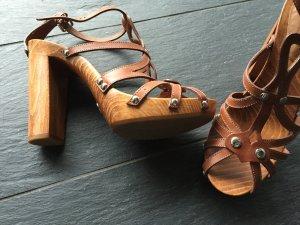 Superschöne Sandalen von Dolce und Gabbana, braun, kaum getragen, Größe 38