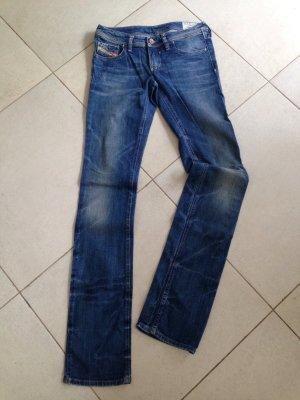 Superschöne, sexy Diesel Jeans mit Pailletten
