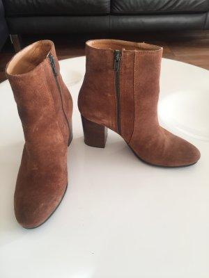 Superschöne Wildleder-Booties cognacfarben Gr. 38, Bagatt, wenig getragen