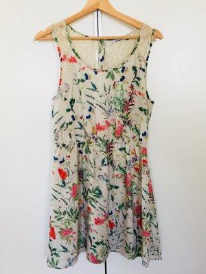 Superschönes Kleid von Only in Gr.40