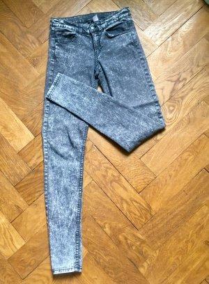 Superskinny Jeans im 80-er Look