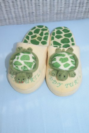House Shoes primrose-forest green
