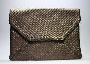 Superweiche NURAGE Clutch Bronze