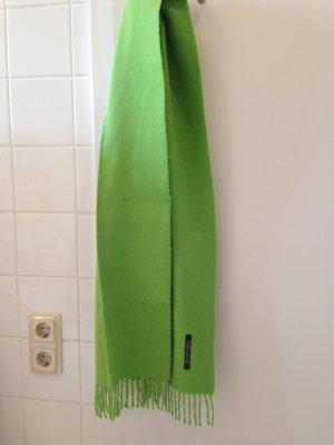 Superweicher grasgrüner Schal